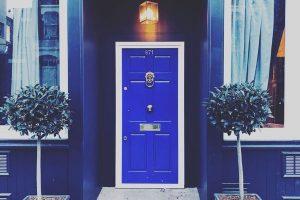 inner-circle-blue-door